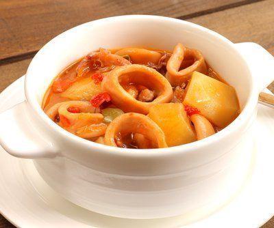 receta-de-calamares-guisados-con-patatas-thermomix
